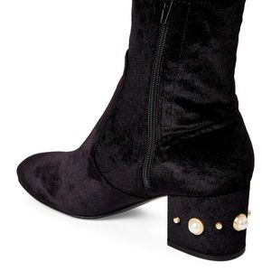 Ivanka Trump Womens Previ Ankle Boot